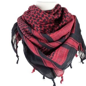 NWOT BLACK AND RED 💯% woven scarf